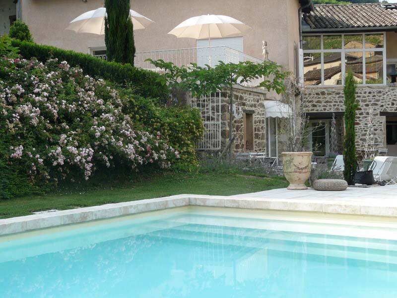Chambres d'hôtes de charme , Le Trésor d'Alice, quincie en beaujolais 69430