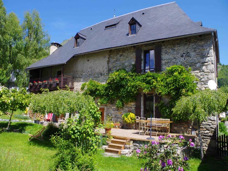 Chambres d'hôtes de charme , Maison Sempé, arrens marsous 65400