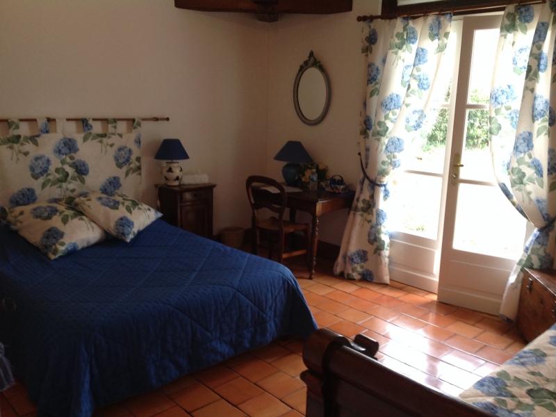Chambres d'hôtes de Rochefort origne 33113 N° 3
