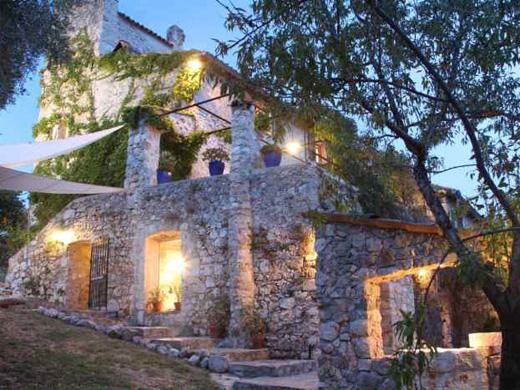 Chambres d'hôtes de charme , La Parare, chateauneuf villevieille 06390