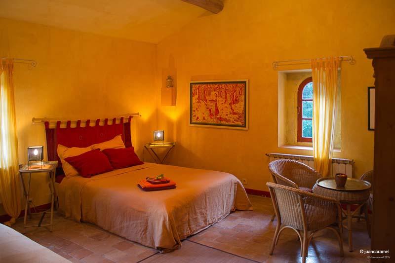 Chambres d'hôtes Luna-Paranque rognes 13840 N° 5