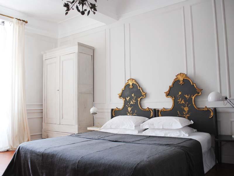 chambre d 39 h tes la galerie leucate 11370. Black Bedroom Furniture Sets. Home Design Ideas