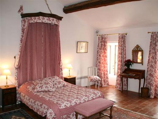 Chambres d'hôtes de charme , Chambre d'hôtes de Corneilla, corneilla del vercol 66200