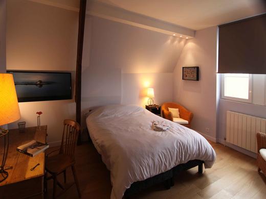 Chambres d'hôtes de charme , Les Tourelles de Thun, meulan en yvelines 78250