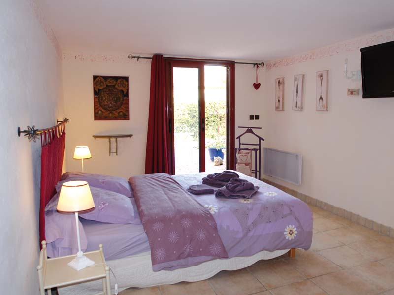 Chambres d'hôtes Buchet-Lecocq caumont sur durance 84510 N° 1