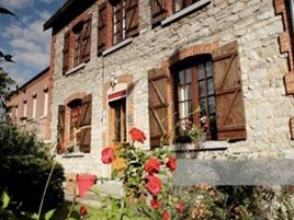 Chambres d'hôtes de charme , Le Clos du Puits, aubrives 08320