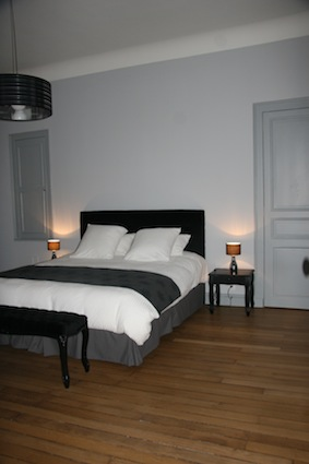 chambre d 39 h tes la demeure des sacres reims 51100. Black Bedroom Furniture Sets. Home Design Ideas