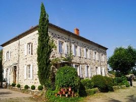 Chambres d'hôtes de charme , Le Clos de Lapras, annonay 07100