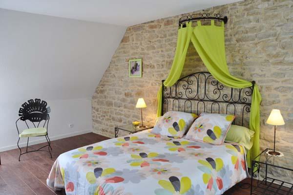 Chambres d'hôtes Charrin saillenard 71580 N° 2