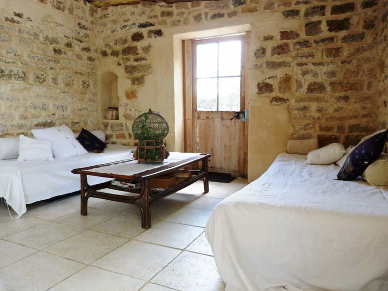 Chambres d'hôtes Decina Faccini montbellet 71260 N° 1